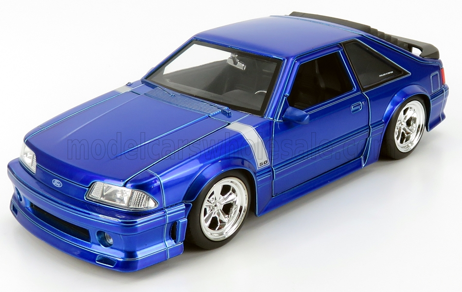 Ford USA - Mustang GT Coupe Custom Tuning aus dem Jahre 1989 in Blau.